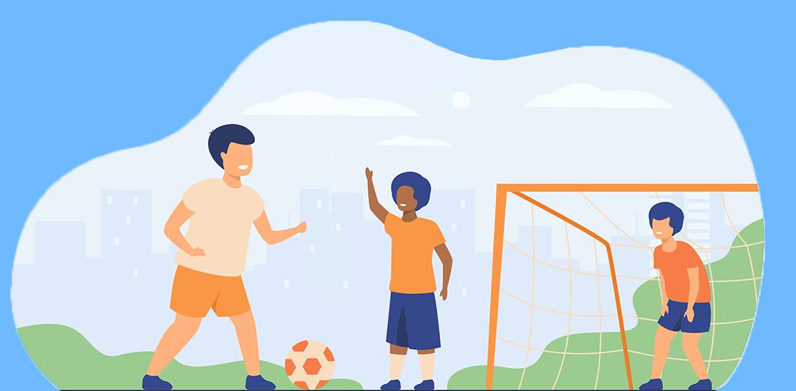 Дети играюют в футбол